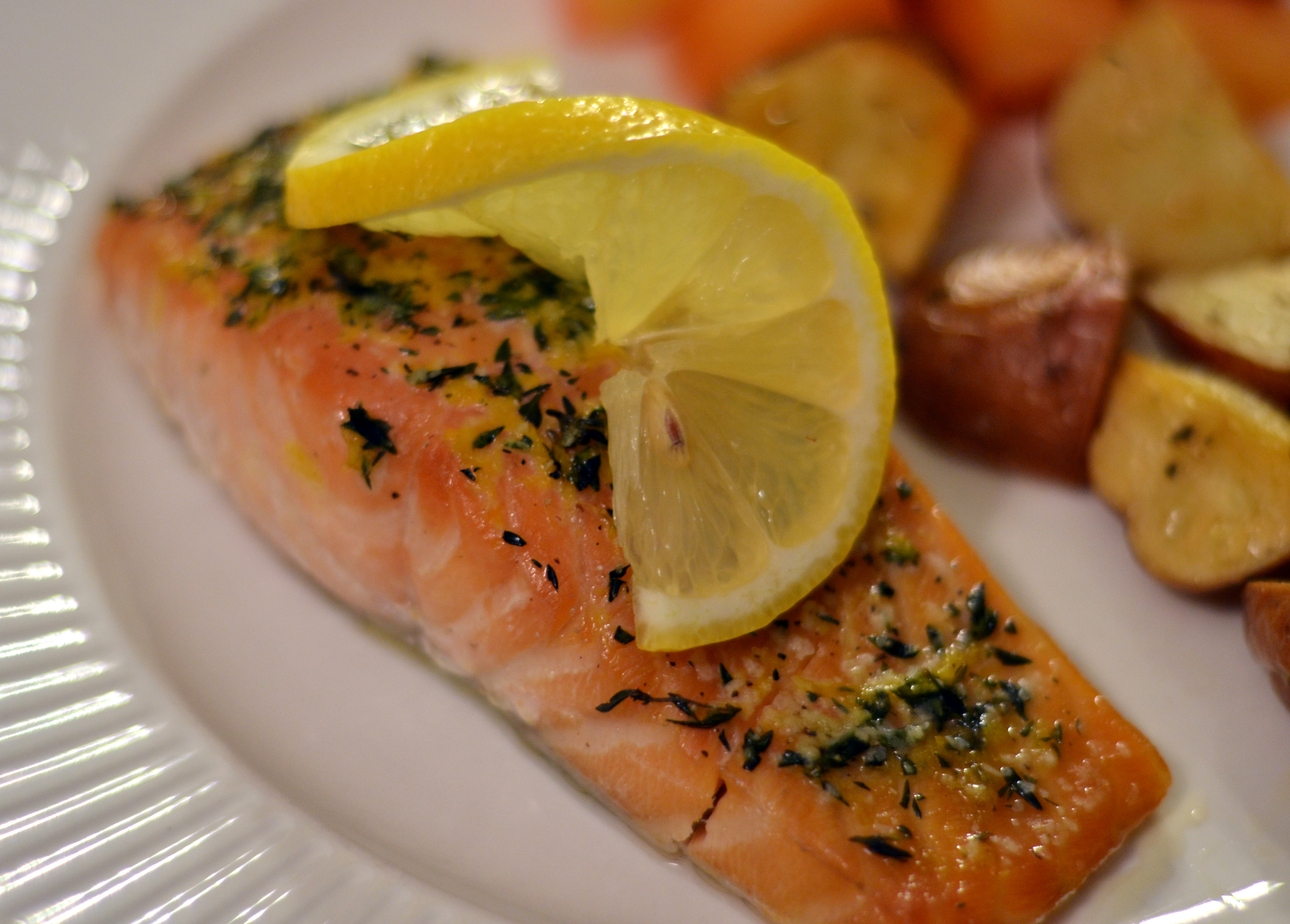 Slow-Baked Salmon with Lemon and Thyme - Chew Nibble NoshChew Nibble ...