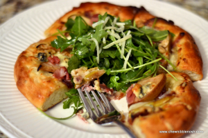 Caramelized Pear, Proscuitto & Gorgonzola Pizza with ...