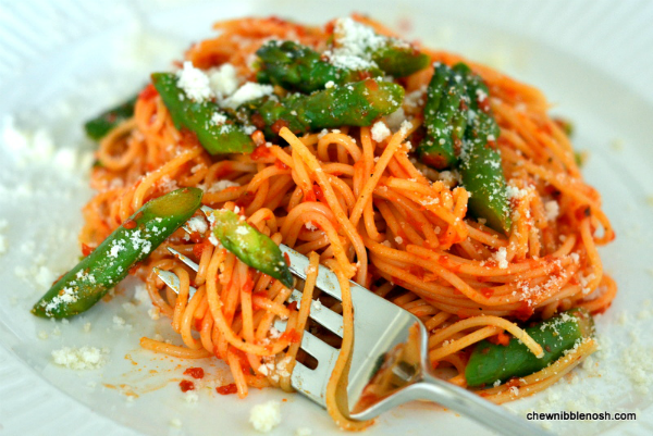Angel Hair Pasta with Roasted Red Pepper Sauce - Chew Nibble NoshChew ...