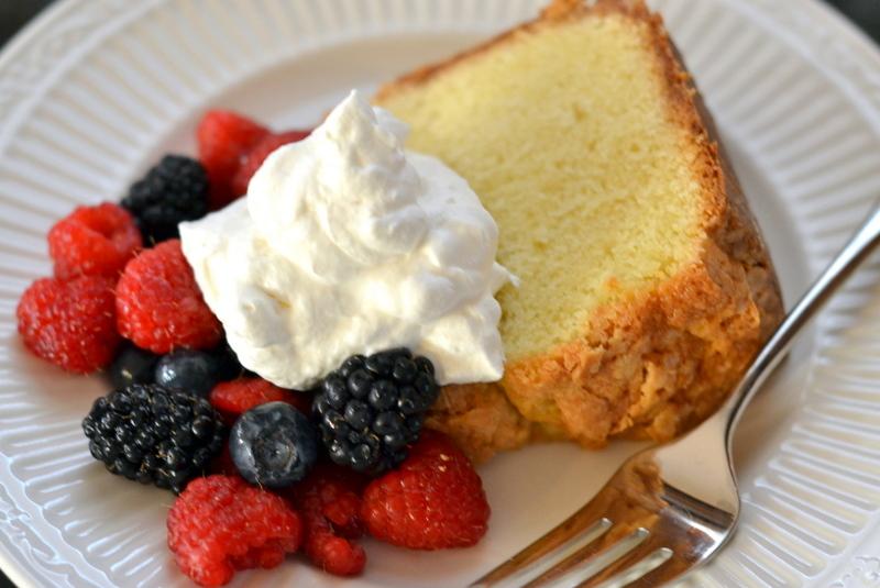 Sour Cream Pound Cake - Chew Nibble Nosh