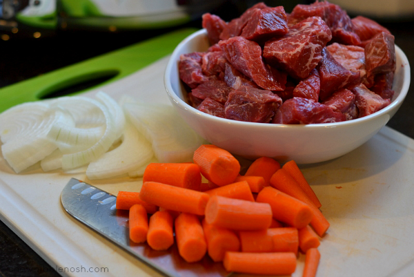 Slow Cooker Asian Beef Stew - Chew Nibble Nosh 1