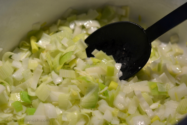 Spring Pea Soup - Chew Nibble Nosh 2